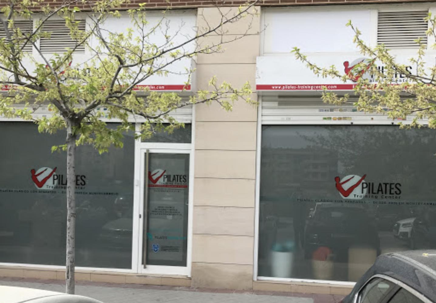 Nuevo estudio Pilates Training Center en situado en un amplio local a pié de calle, en el número 9 de Monasterio de Oseira, en el barrio de Montecarmelo.